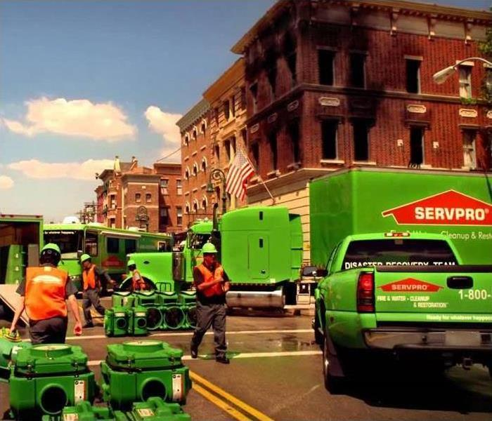 SERVPRO mobile outside of commercial building
